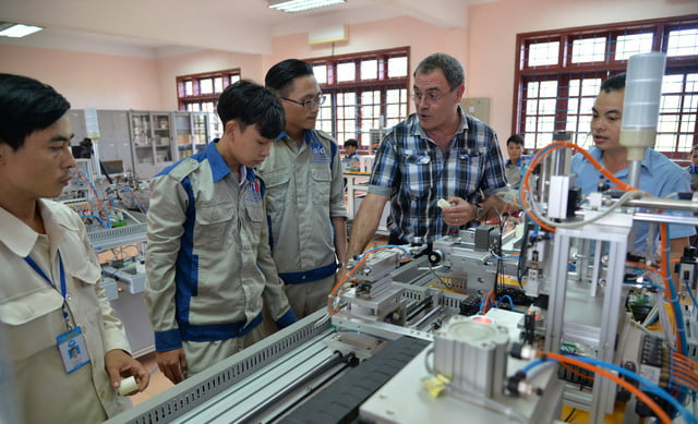 Sinh viên thực tập tại doanh nghiệp
