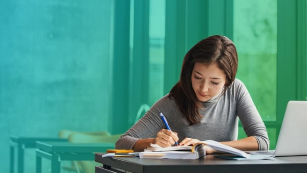 Chương trình học chuyên về các khối A, A1, D