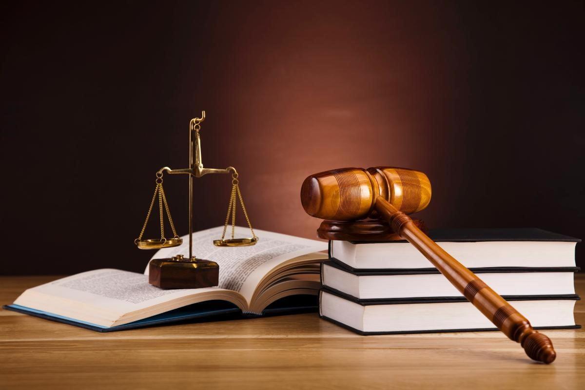 Pháp luật chính là cán cân của công lý