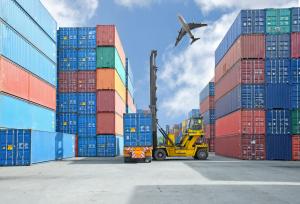 Bạn cần hiểu xuất và nhập khẩu là như thế nào? Trước khi chọn ngành học này