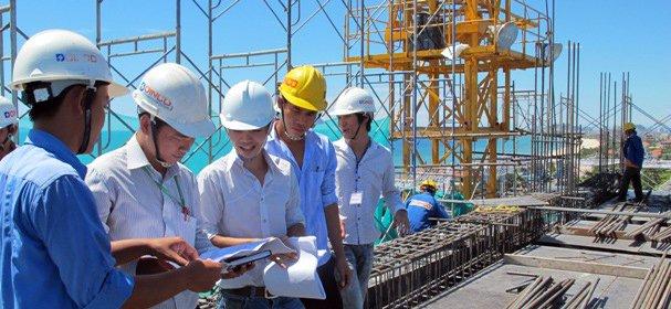 """Ngành Xây dựng Công nghiệp và Dân dụng hứa hẹn trở thành nghề """"hot"""" trong tương lai"""